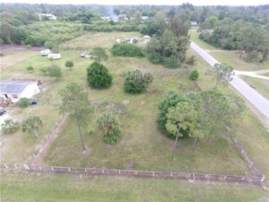 8221 SCARECROW RD NORTH FORT MYERS, FL 33917