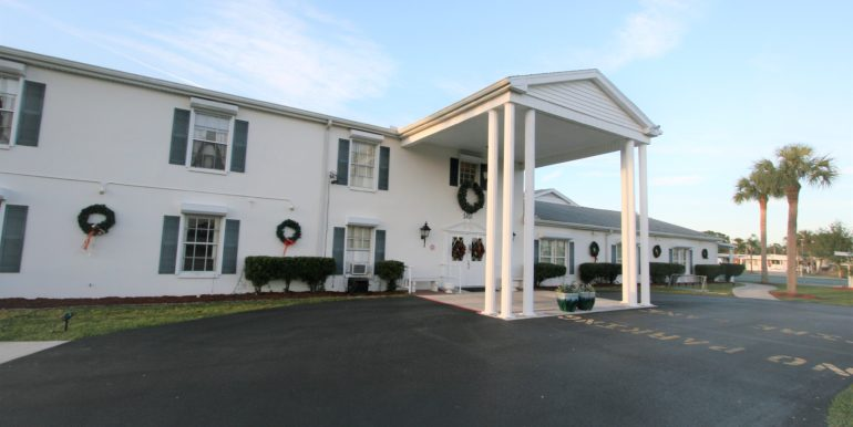 Mobile home for sale in carriage village