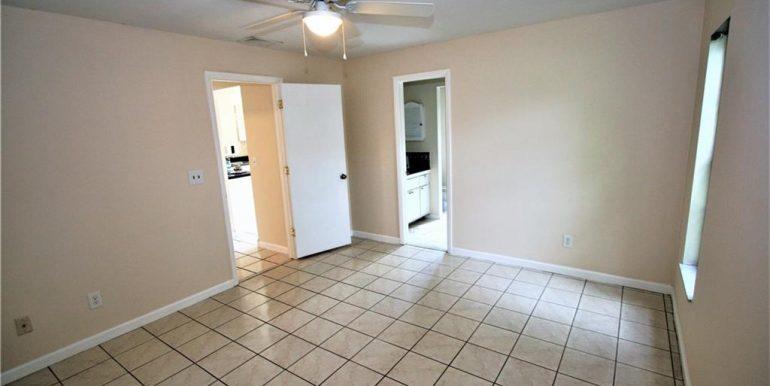 104 SE 21st Pl Cape Coral Florida 33990